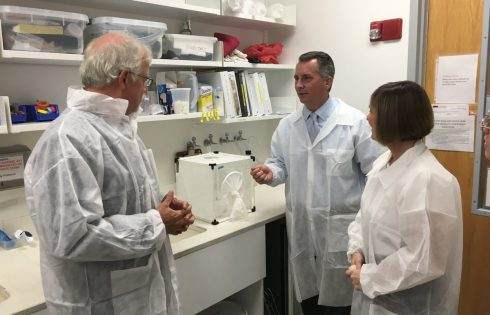 Reps. Jolly and Castor tour the USF facilities/Twitter
