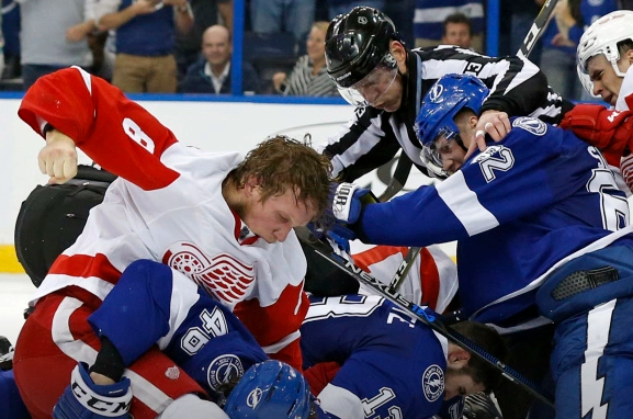 Justin Abdelkader bashing on Mike Blundin during the closing minutes of Game 2 between the Lightning and the Red Wings photo/screenshot of replay video